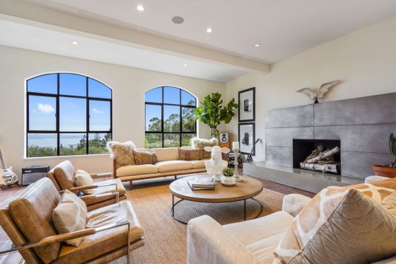 Video of the Week: Take a Virtual Tour of a Light-Filled Home in Berkley, California