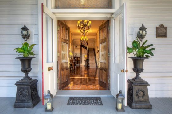 Video of the Week: Take a Virtual Tour of a Historic Home in Middletown, Rhode Island
