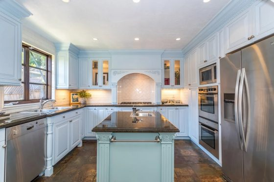 Culinary Color: 5 Homes with Vibrant Kitchen Cabinetry