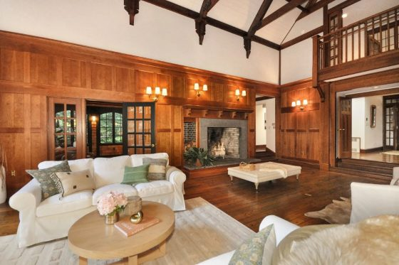 Video of the Week: Take a Virtual Tour of a Timeless Home in Concord, Massachusetts